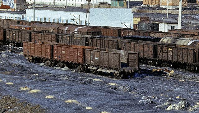 Навыезде изВолновахи сошел срельсов поезд