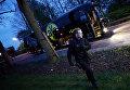 """Полиция на месте взрыва у автобуса ФК """"Боруссия"""" в Дортмунде, Германия. 11 апреля 2017"""