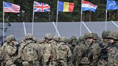 Флаги стран НАТО в Польше. Архивное фото