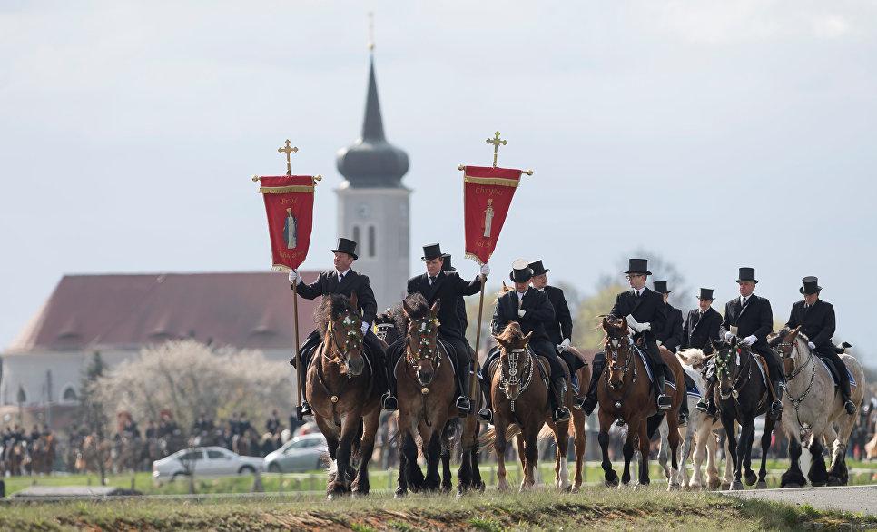 Пасхальное шествие всадников в Германии