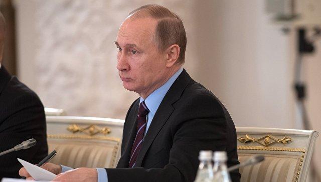 «Преемника президента определяет народ навыборах»— Путин