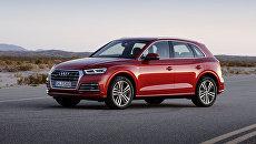 Автомобиль Audi Q5. Архивное фото