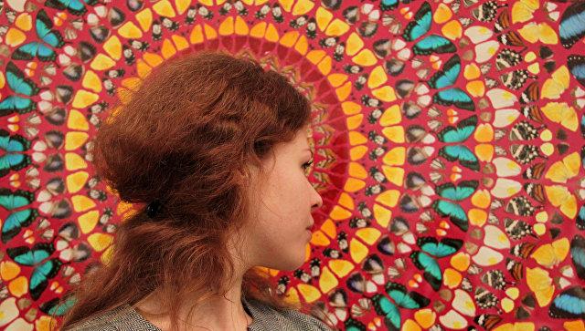 Ретроспективная выставка художника Дэмиена Херста. Архивное фото