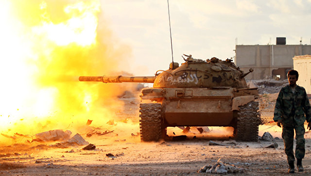 Правительственные войска ведут бой с джихадистами в окрестностях Бенгази, Ливия. Архивное фото