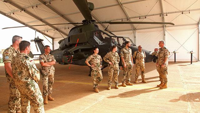Немецкие военнослужащие, находящиеся в Мали в рамках миротворческой миссии MINUSMA. 7 апреля 2017 года