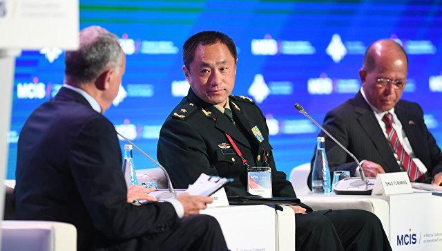 Заместитель начальника объединенного штаба Центрального военного совета КНР генерал-майор Шао Юаньмин на VI Московской конференции по международной безопасности