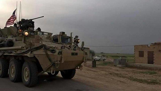 American τεθωρακισμένα οχήματα από την τουρκο-συριακά σύνορα