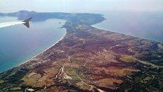 Вид на остров Кос с борта самолета. Архивное фото