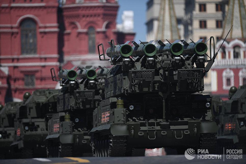 Зенитно-ракетный комплекс БУК-М2 на генеральной репетиции военного парада в Москве, посвящённого 72-й годовщине Победы в Великой Отечественной войне