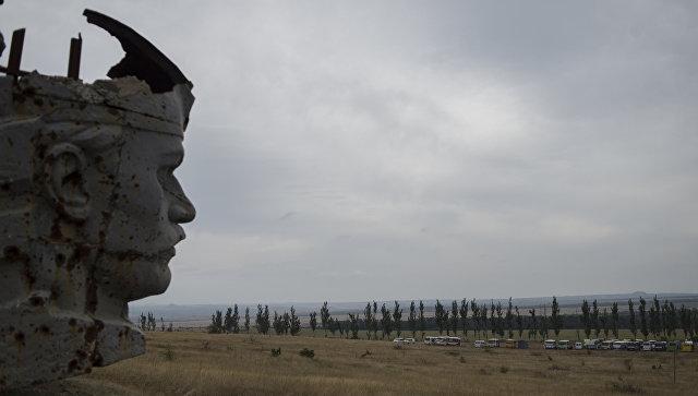 Разрушенный мемориальный комплекс Саур-Могила в Донецкой области