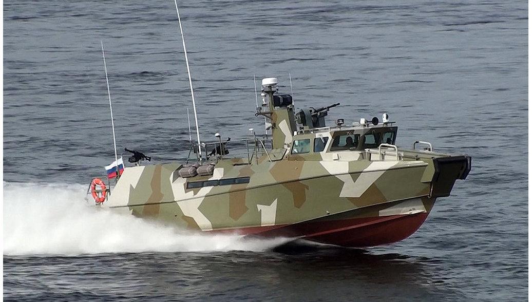 Черноморский флот получил два новых противодиверсионных баркаса «Раптор»