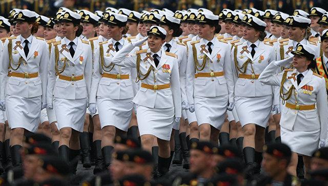 Девушки-курсантки. Архивное фото