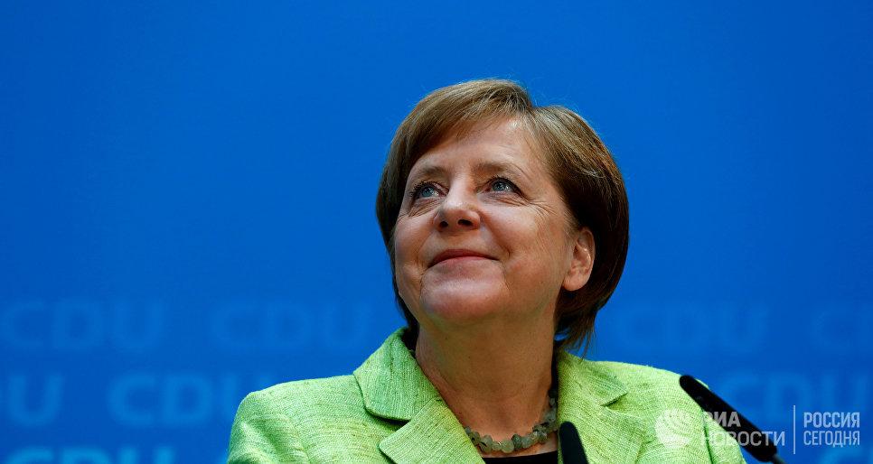 Партия Ангелы Меркель одолела навыборах встратегически главном регионе