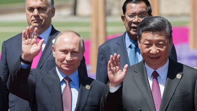 РФ и Китайская народная республика имеют все шансы сделать широкофюзеляжный самолет— Путин