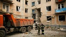 На месте обрушения подъезда жилого дома в Волгограде. 16 мая 2017