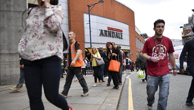 Из-за угрозы теракта вМанчестере эвакуировали гостей торгового центра