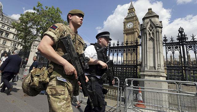 Российское посольство встолице Англии  взяли под усиленную охрану