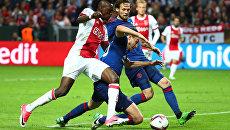 Игроки Аякса и Манчестер Юнайтед в финальном матче Лиги Европы УЕФА
