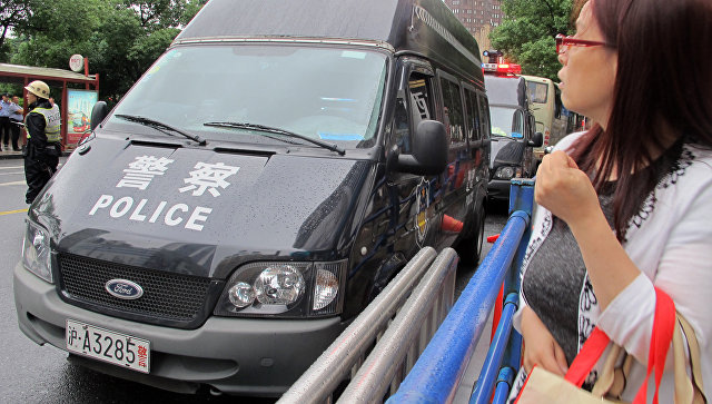 В Китае мужчина с ножом напал на пассажиров автобуса