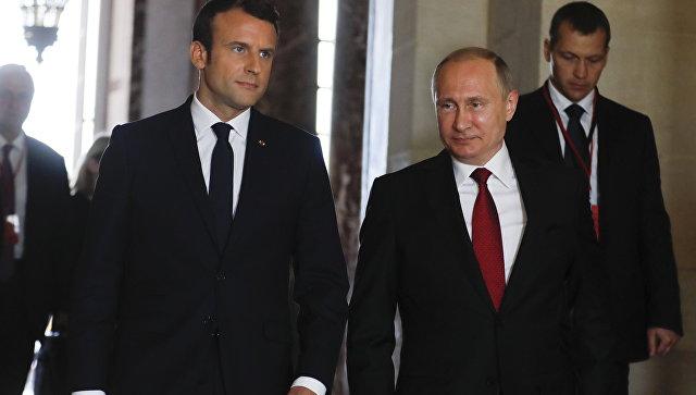 Переговоры Путина и Макрона продлились почти три часа