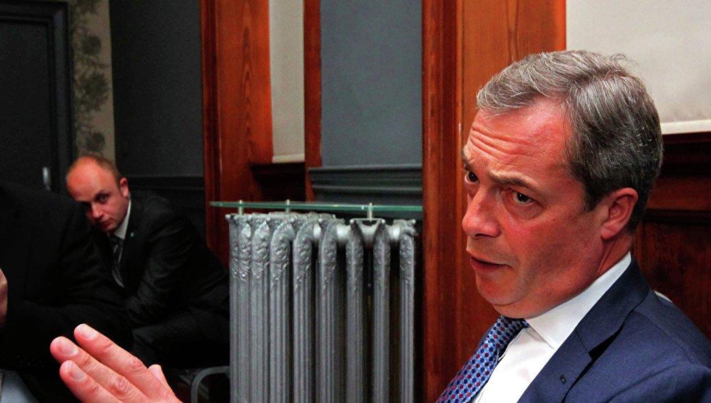 """Лидер UKIP: выход Британии из ЕС """"вернет ей независимость"""" - РИА Новости, 25.09.2015"""