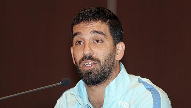 Футболист «Барселоны» подрался с корреспондентом всамолете