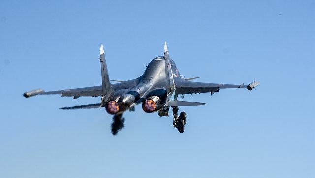 Оперативно-тактическая авиация ЗВО в ходе двустороннего учения войск ПВО и авиации. Архивное фото