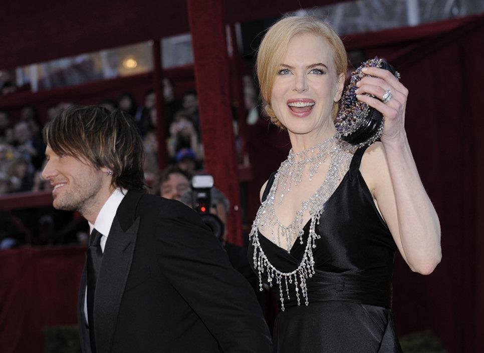 Актриса Николь Кидман со своим мужем Китом Урбаном на 80-й церемонии вручения наград премии Оскар в Лос-Анджелесе