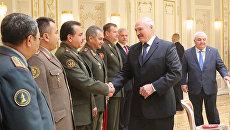Президент Белоруссии Александр Лукашенко во время встречи с руководителями оборонных ведомств государств-членов ОДКБ в Минске. 13 июня 2017