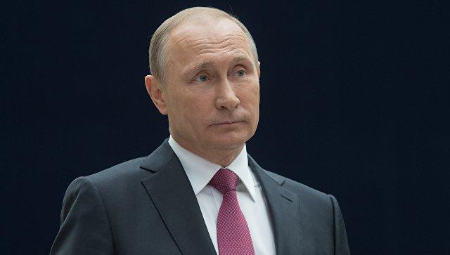 Путин поведал Стоуну ородителях