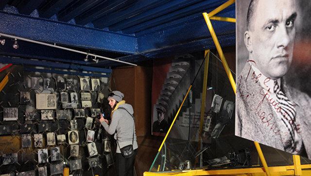 160 предметов экспозиции музея Маяковского будут отреставрированы