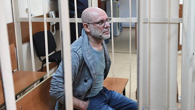 Бывший директор Гоголь-центра Алексей Малобродский в Пресненском районном суде Москвы. Архивное фото