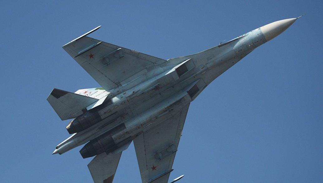 Москва опровергла сообщения об опасном сближении Су-27 с американским самолетом-разведчиком