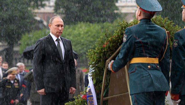 Путин пояснил, почему отказался отзонта нацеремонии уМогилы Неизвестного бойца