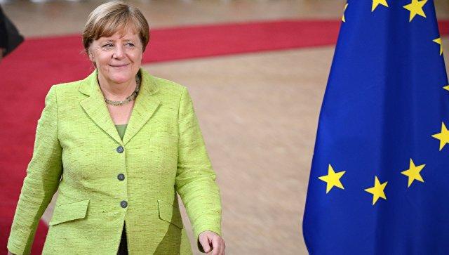 Меркель призвала возобновить переговоры о свободной торговле между ЕС и США