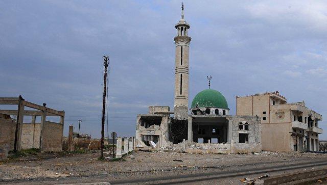 Разрушенное здание мечети в провинции Хама. Архивное фото