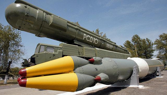 Ракетный комплекс средней дальности РСД-10 в музее на полигоне Капустин Яр. Архивное фото