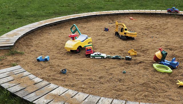 Песочница на детской площадке. Архивное фото
