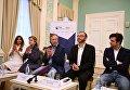 Оливер Диаз, Дмитрий Бертман, Эдвальд Смирнов перед показом оперы Джузеппе Верди Трубадур в Геликон-опере