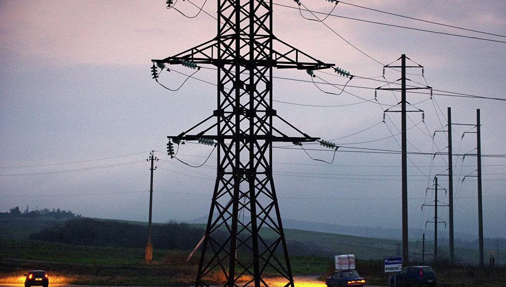 Шеремет: Крым начал получать электричество по энергомосту с Кубани