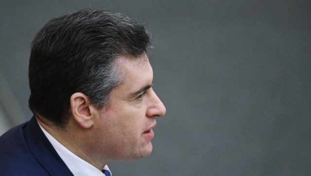 Комиссия по этике рассмотрит жалобы журналисток на Слуцкого на этой неделе