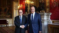 Министр иностранных дел РФ Сергей Лавров (справа) и глава МИД Франции Жан-Ив Ле Дриан. Архивное фото