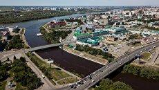 Слияние рек Омь и Иртыш в Омске. Архивное фото