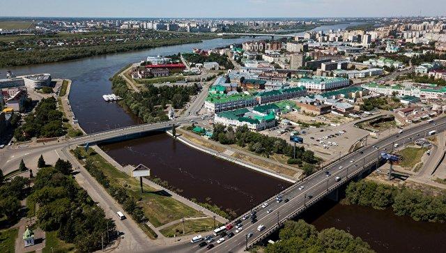 ВОмске проверят увольнение кассира заотказ «скинуться» наподарок