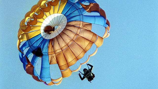 В Приморье погиб парашютист