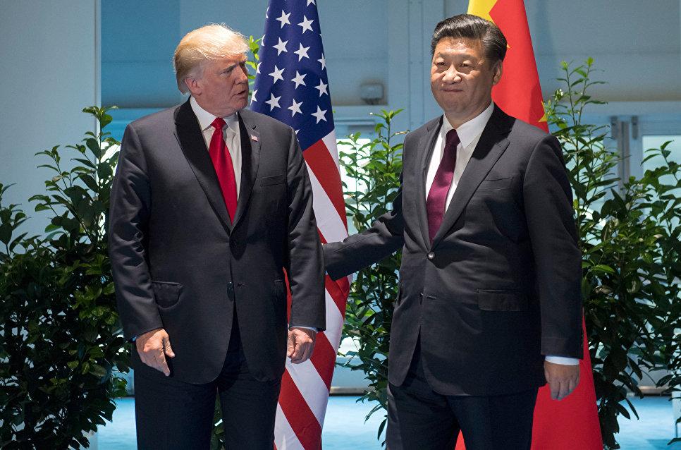 Китайский истребитель перехватил американский самолет над Восточно-Китайским морем