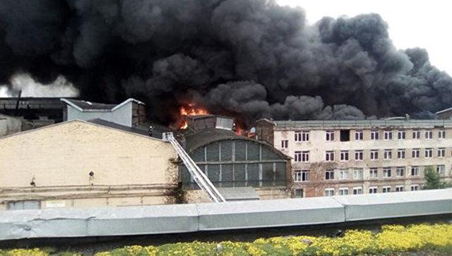 Пожар на Кировском заводе в Петербурге. 12 июля 2017