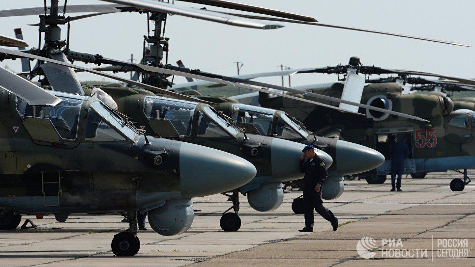 Вертолеты на аэродроме Черниговка в Приморском крае