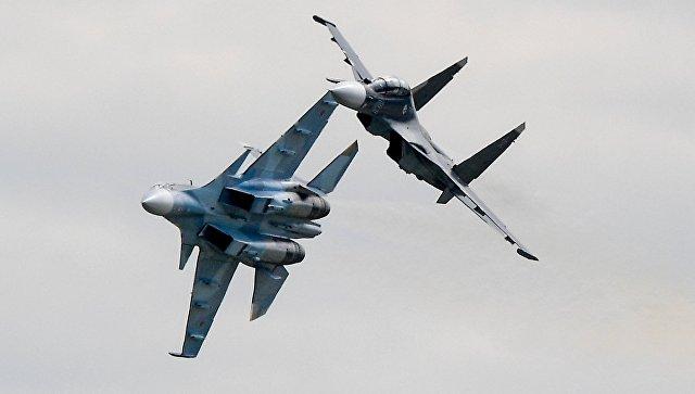 """Экипажи истребителей Су-35С и Су-30СМ прибыли в Китай на """"Авиадартс"""""""