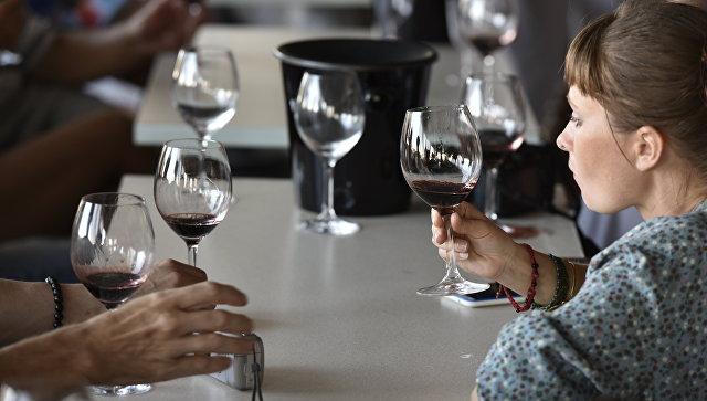 Коктебель, джаз, вино: как крымские виноделы привлекают туристов